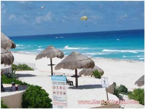 lovely-hues-of-blue-at-a-beach-in-cancun-mexico-(1)