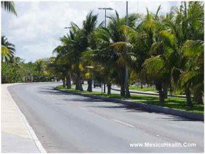smooth-road-in-cancum-mexico