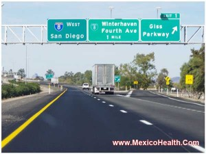 signboard-close-to-los-algodones-mexico