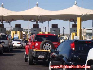 border-crossing-in-mexicali-mexico