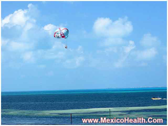 Parasailing in Cancun - Mexico